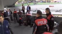 Video:istanbulda-polise-saldiri-alarmi