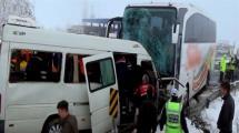 Video:kafa-kafaya-carpistilar-2-olu-11-yarali