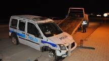 Resim Galeri:polis-araci-devrildi