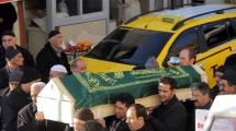 Resim Galeri:istanbulda-oldurulen-taksici-topraga-verildi