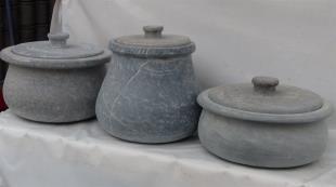 """İran'da 3 bin yıllık """"taş tencere"""" geleneği"""