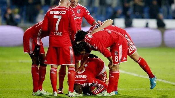 Beşiktaş'a tur için beraberlik yetiyor