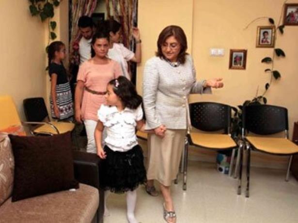 Sevgi evi çocuğuna özel okulda eğitim
