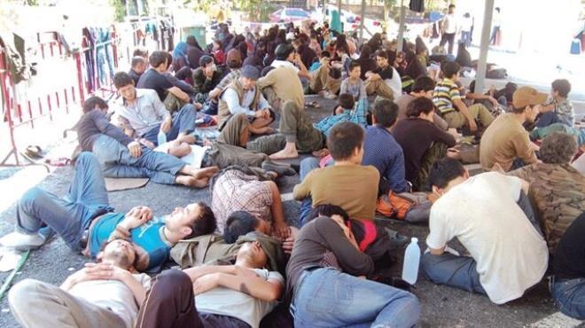300 Uygur Türkü için hükümet devreye girdi