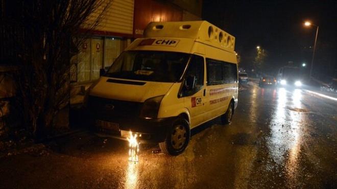 Tunceli de CHP minibüsü ateşe verildi