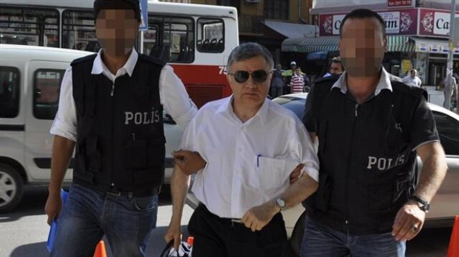 Eski rektöre 82 yıl hapis istemi