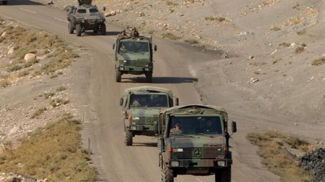 Askeri araca saldırı: 7 yaralı