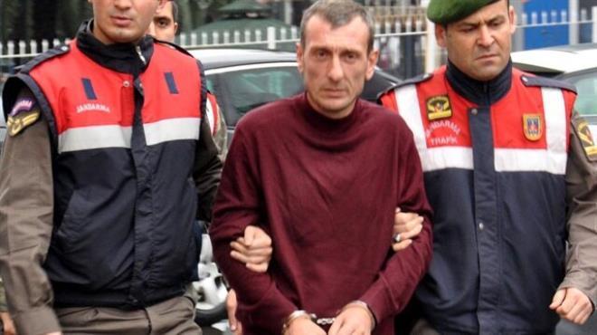 Babasını öldüren adama 17 yıl hapis