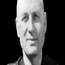 Эдип Зенгин