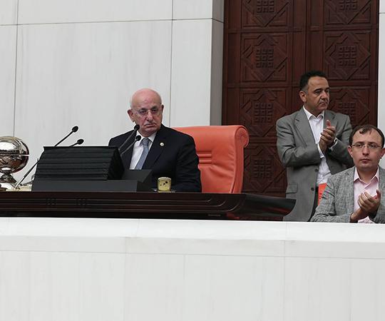 5.18 Meclis Başkanı Kahraman'dan açıklama