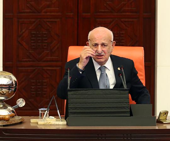 6.3 Великое Национальное Собрание Турции созывает внеочередное заседание.