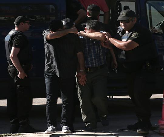 6.5 Putschist soldiers fled to Greece