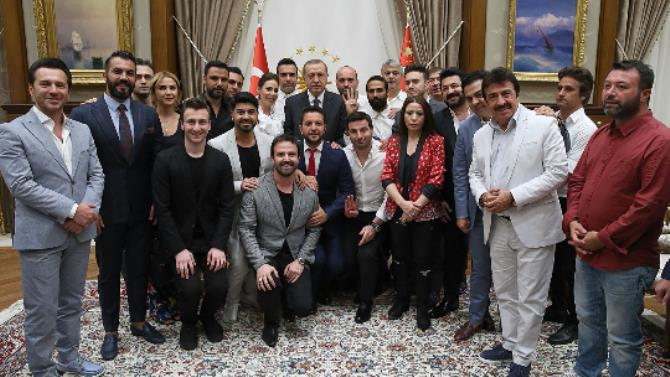 Celebrities joined democracy watches at the Presidential Palace
