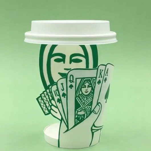 Kahve parasının acısını bardaktan çıkarmış