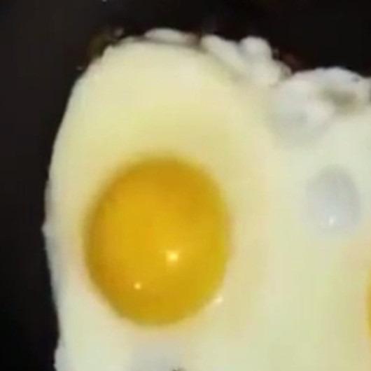 Ceza ft Yumurta - Yanıyorum