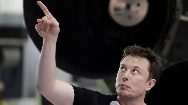Elon Musk, SpaceX Starship'in ilk fotoğrafını paylaştı