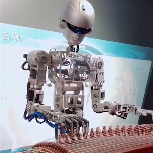Müzisyenleri tahtından edecek robot