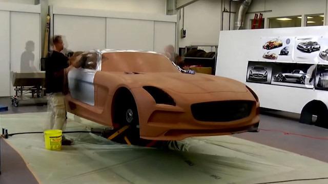 Mercedes-Benz SLS AMG Black Serisi: 'Kil modelleme'
